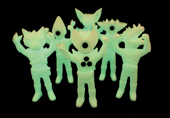 glow_heroes_and_villains_set