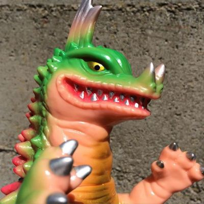 Kaiju Axron